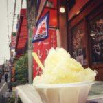 中山商店会にも夏が来た!「鯛姫」店頭にかき氷ののぼりが登場